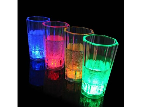 MT5001 GREEN Сверкающий стакан