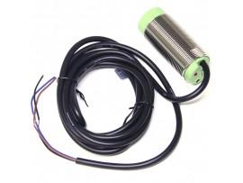 CR30-15DN датчик емкостный